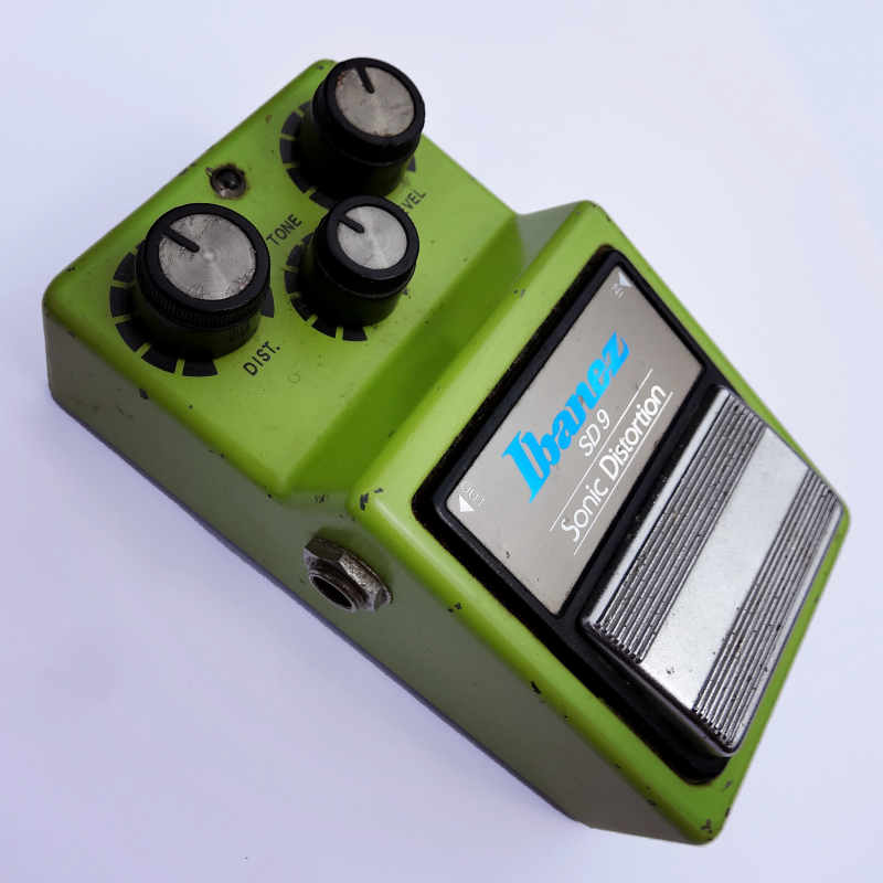 A photo of a Ibanez SD9 Sonic Distortion